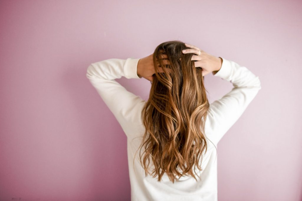 how to trim split ends from natural hair